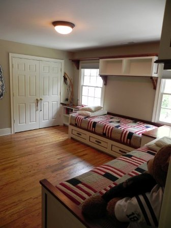 Plain Kids Bedroom Beds G Throughout Decorating Ideas